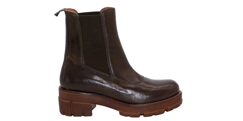 Ten Points Chelsea Boots Cecilia